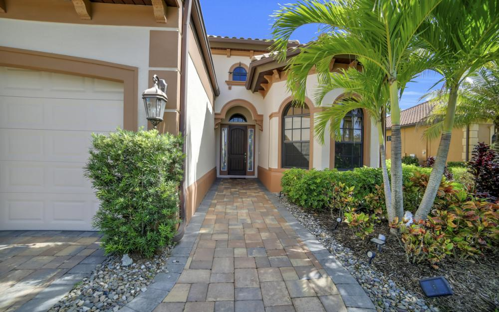 7445 Acorn Way, Naples - Home For Sale 1055185993