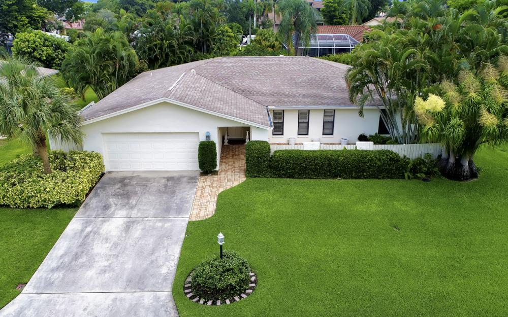 1390 Tredegar Dr, Fort Myers - Home For Sale 1350906658
