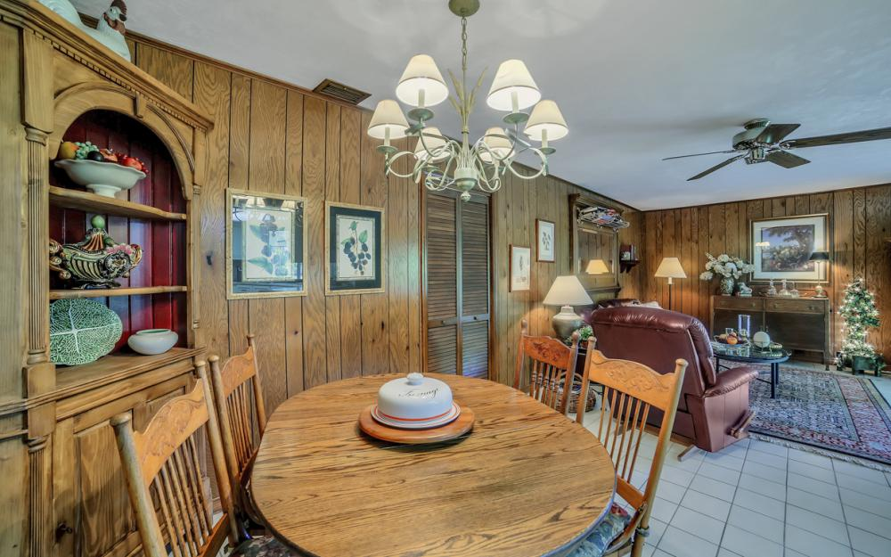 1390 Tredegar Dr, Fort Myers - Home For Sale 1041616298