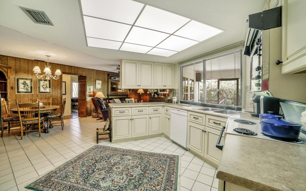1390 Tredegar Dr, Fort Myers - Home For Sale 905448314
