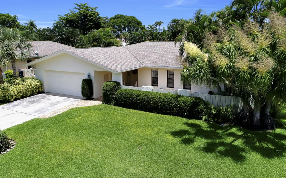 1390 Tredegar Dr, Fort Myers - Home For Sale 149847659