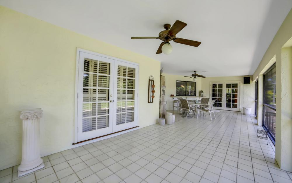1390 Tredegar Dr, Fort Myers - Home For Sale 241442732