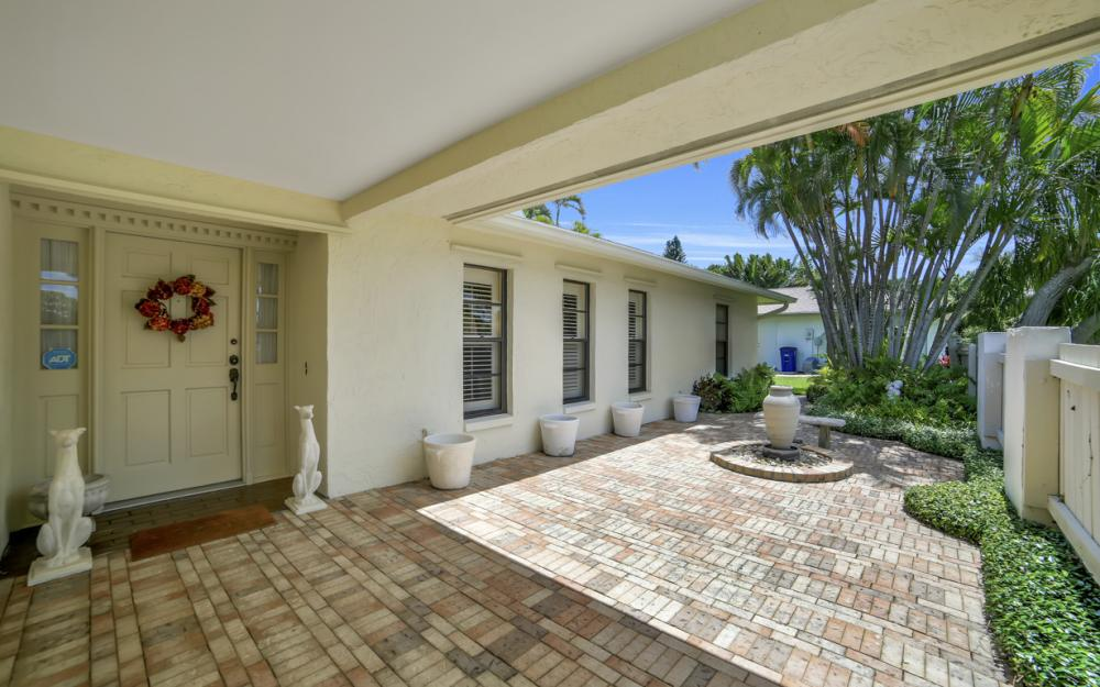 1390 Tredegar Dr, Fort Myers - Home For Sale 1957547094