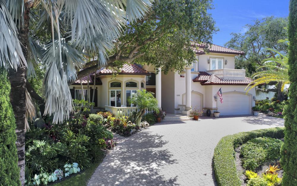 1626 Ludlow Rd, Marco Island - Home For Sale 639644007