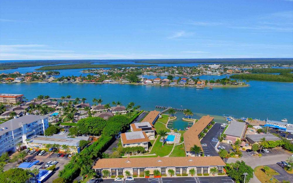 850 Palm St C-17, Marco Island - Condo For Sale 156596046