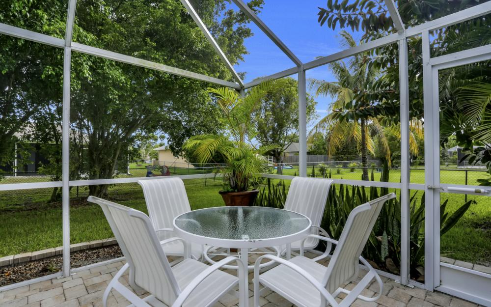 910 SW 37th Ter, Cape Coral - Home For Sale 1391391493