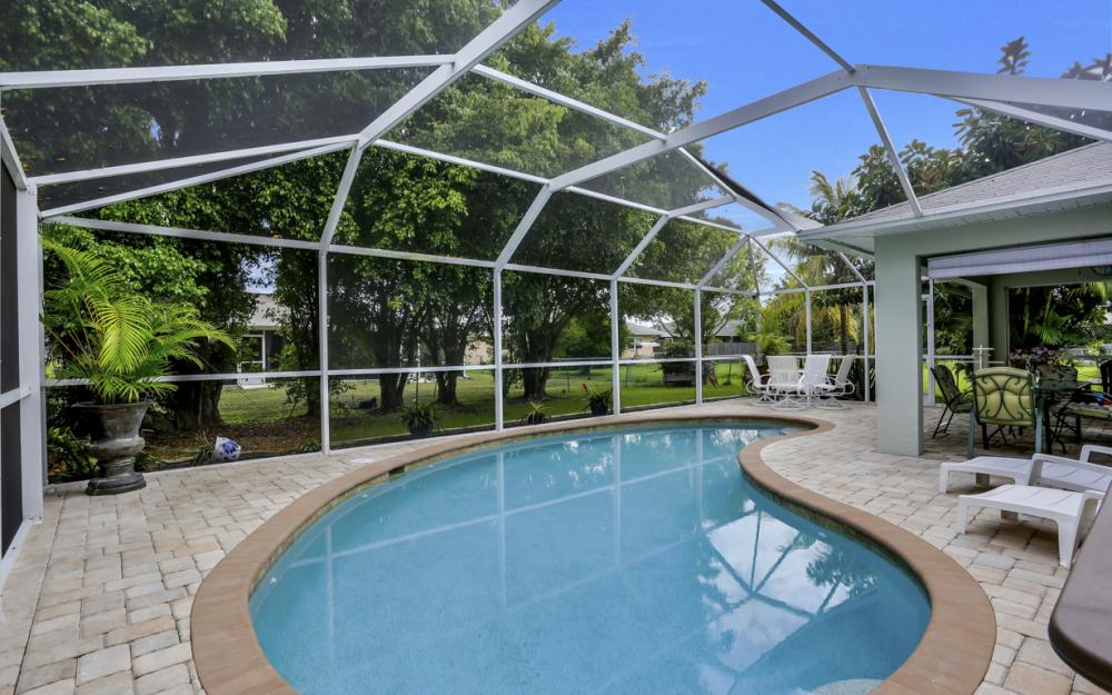 910 SW 37th Ter, Cape Coral - Home For Sale 70260602