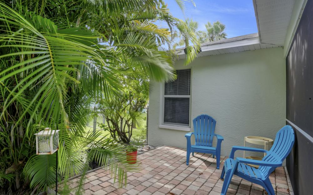 910 SW 37th Ter, Cape Coral - Home For Sale 15847756