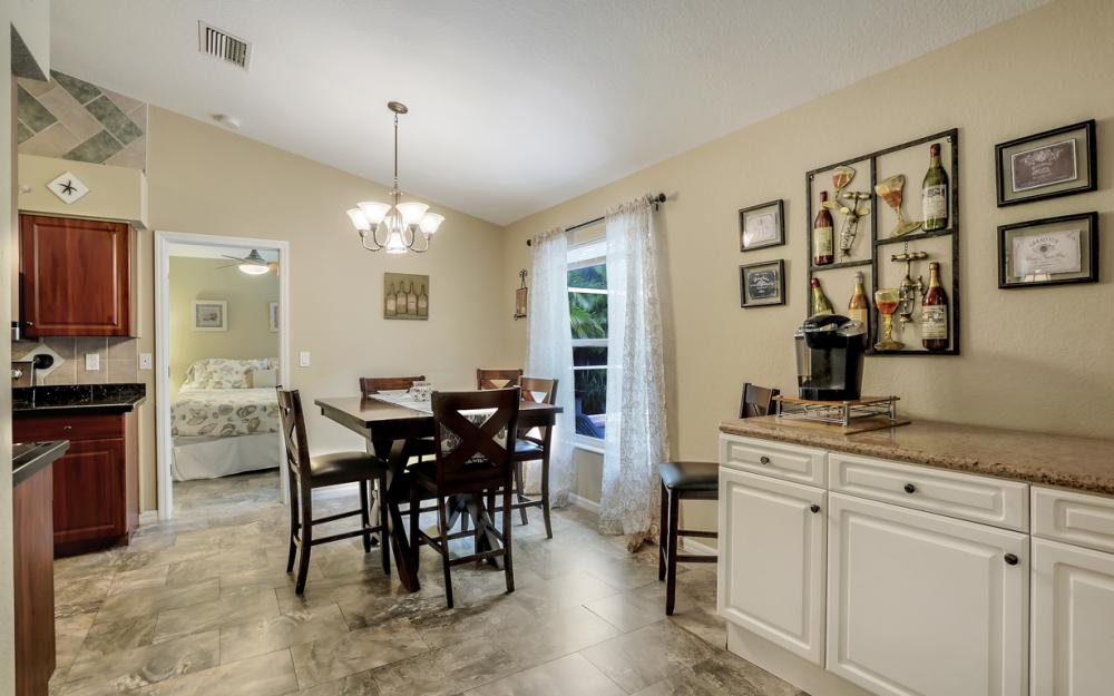 910 SW 37th Ter, Cape Coral - Home For Sale 1856808722
