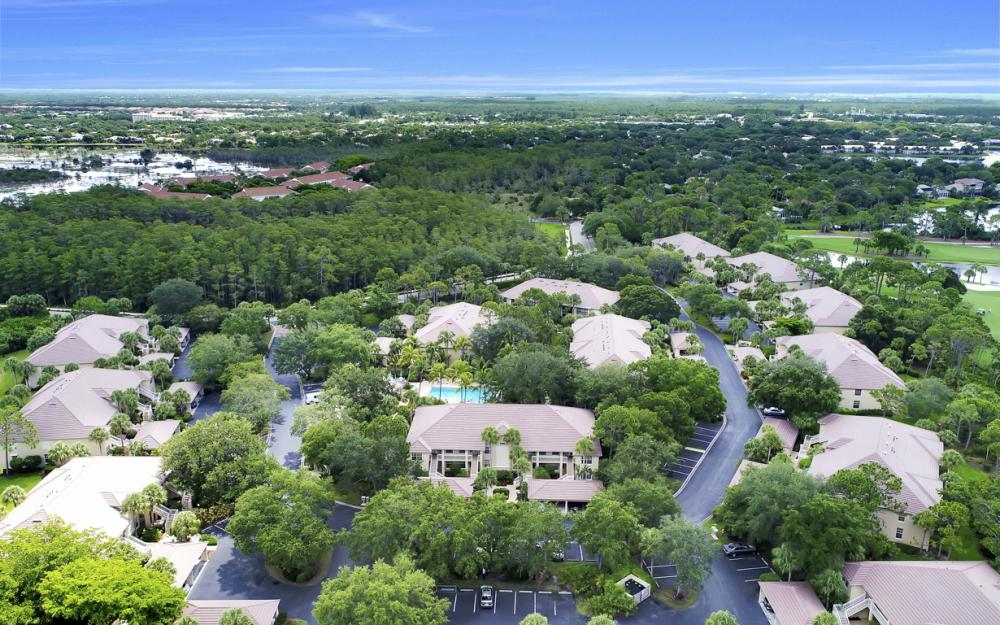 4160 Sawgrass Point Dr #201, Bonita Springs - Condo For Sale 701208798