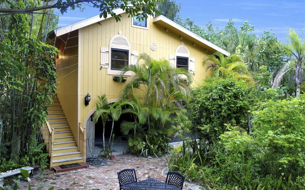 4606 Brainard Bayou Rd, Sanibel - Home For Sale 1288653962