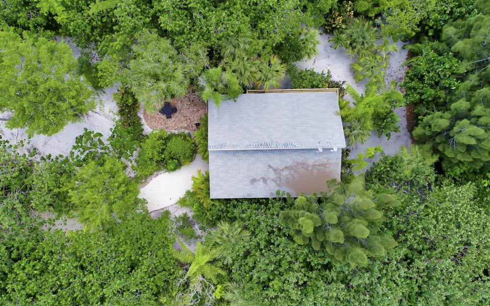4606 Brainard Bayou Rd, Sanibel - Home For Sale 862759769