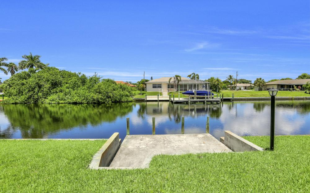 4128 SW 1st Pl, Cape Coral - Home For Sale 930202660
