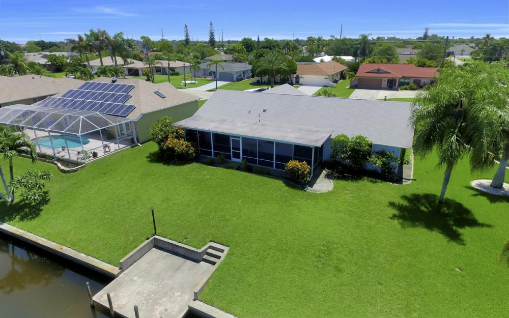 4128 SW 1st Pl, Cape Coral - Home For Sale 2132342360