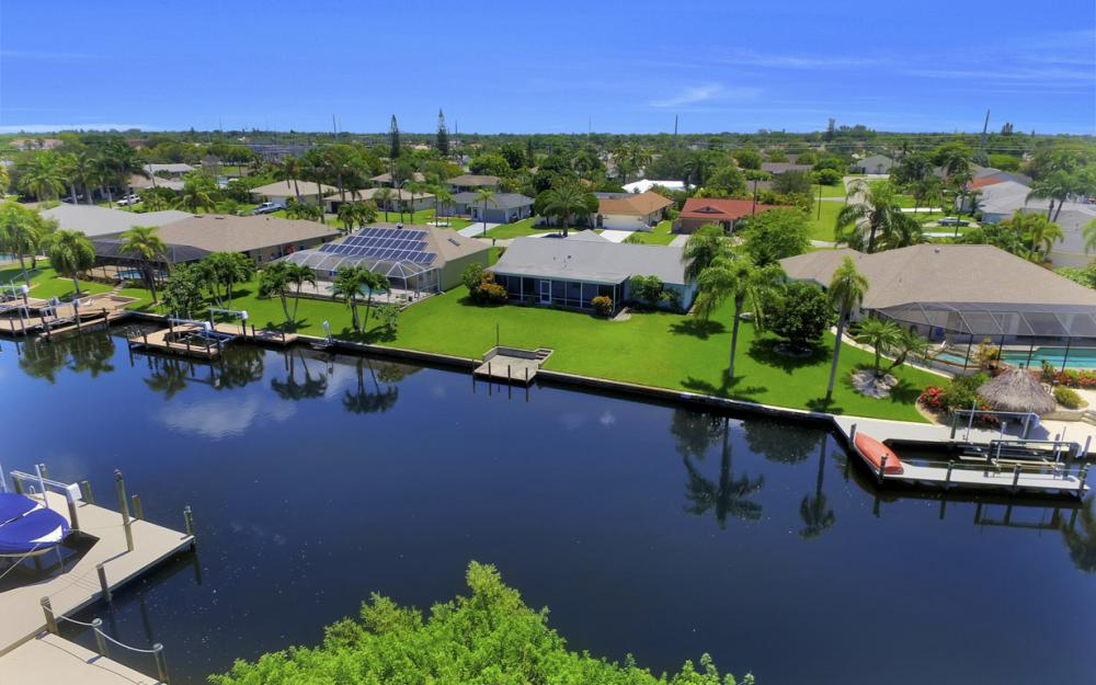 4128 SW 1st Pl, Cape Coral - Home For Sale 394812142