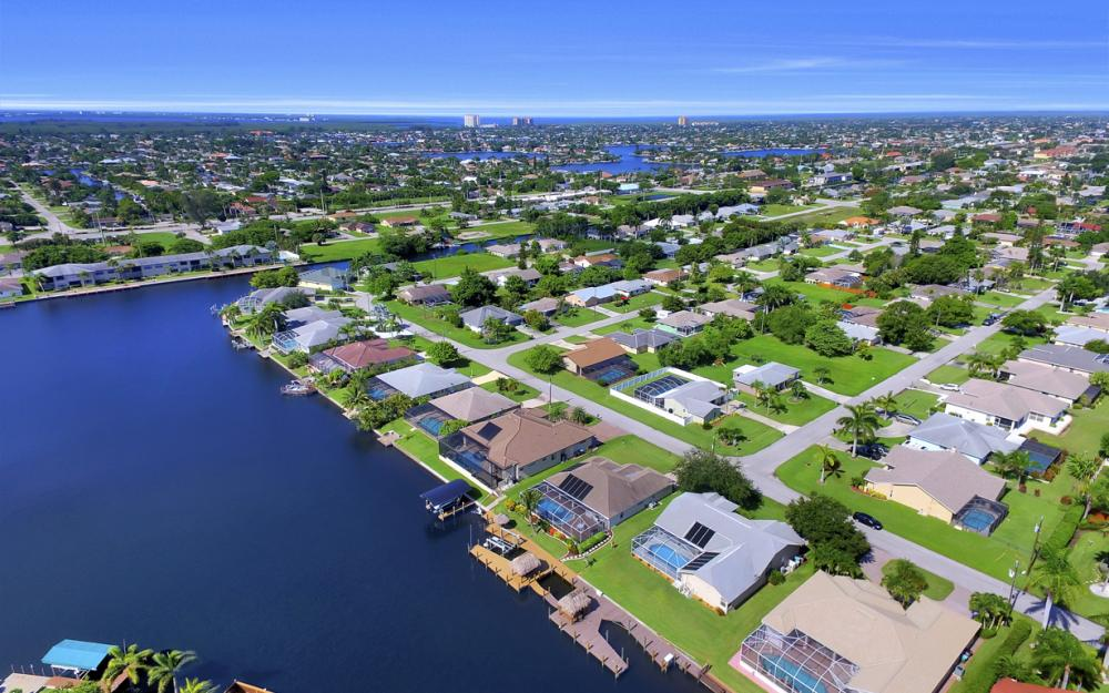 4353 SW 2nd Ave, Cape Coral - Home For Sale 160274967