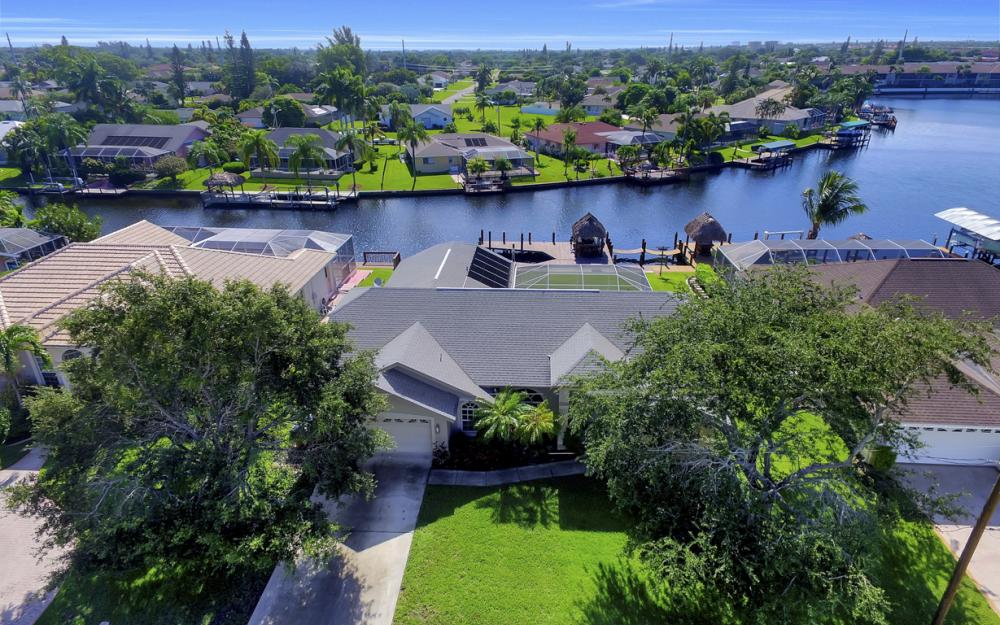4353 SW 2nd Ave, Cape Coral - Home For Sale 426168360
