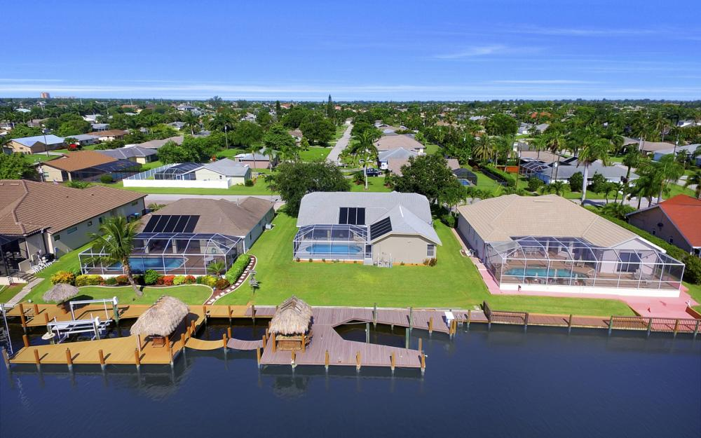 4353 SW 2nd Ave, Cape Coral - Home For Sale 1023018196