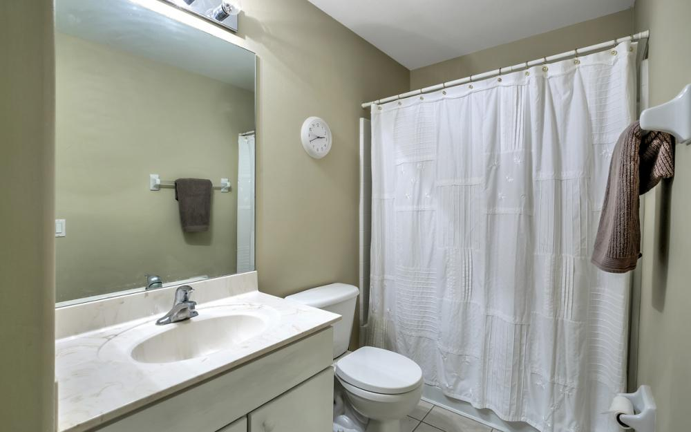 12705 Aston Oaks Dr, Fort Myers - Home For Sale 764176604