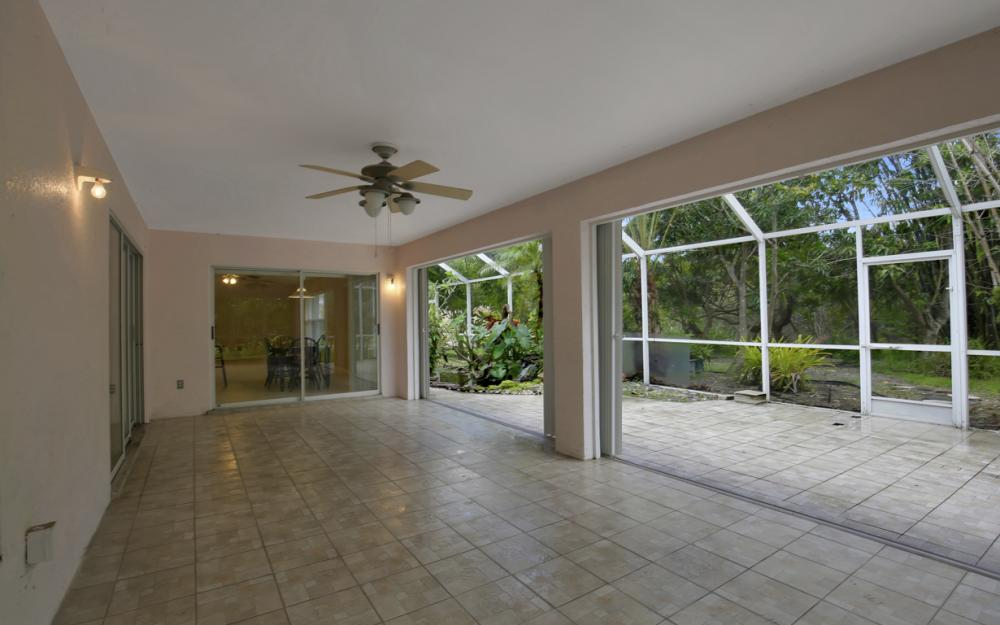 12705 Aston Oaks Dr, Fort Myers - Home For Sale 337359170