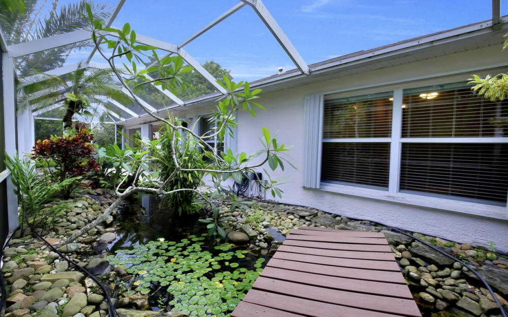 12705 Aston Oaks Dr, Fort Myers - Home For Sale 482762551