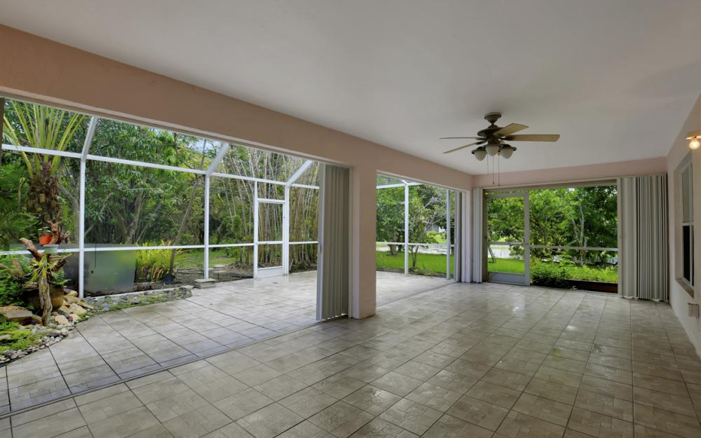 12705 Aston Oaks Dr, Fort Myers - Home For Sale 1953752341