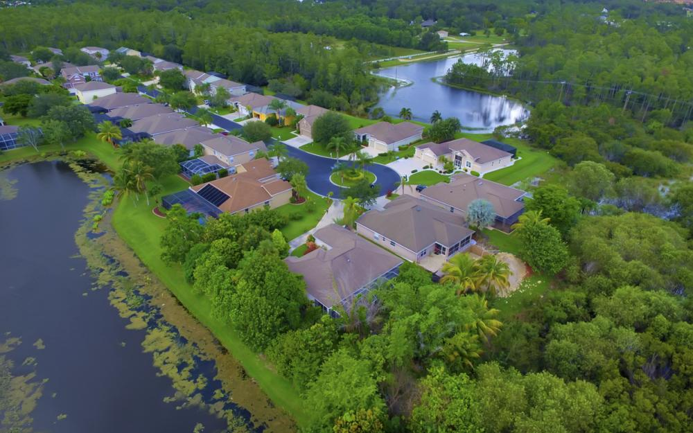 12705 Aston Oaks Dr, Fort Myers - Home For Sale 1918517282