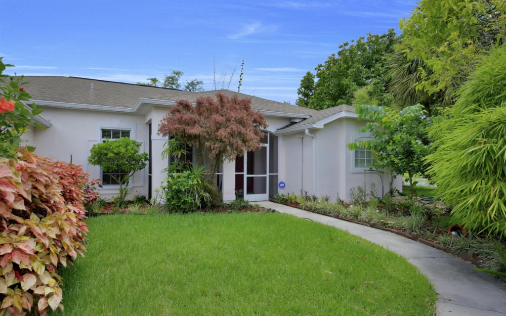 12705 Aston Oaks Dr, Fort Myers - Home For Sale 1228427742