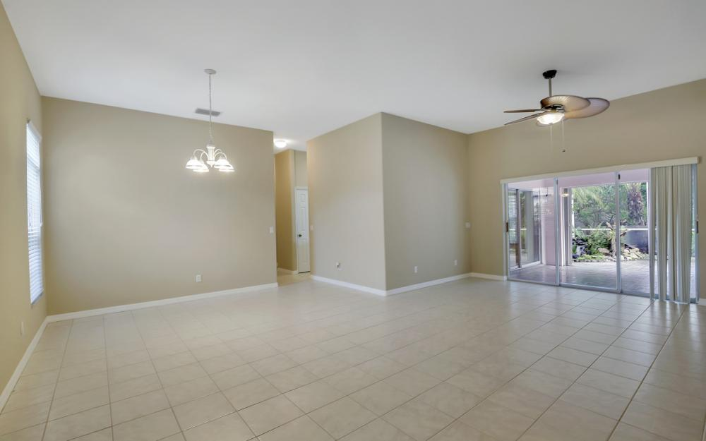 12705 Aston Oaks Dr, Fort Myers - Home For Sale 1372351873