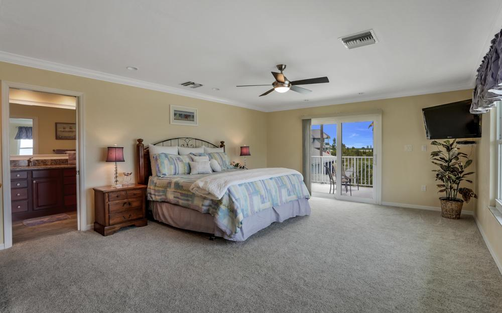 7944 Estero Blvd, Ft Myers Beach - Home For Sale 1197228949