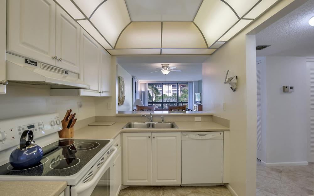 693 Seaview Ct A310, Marco Island - Condo For Sale 535170922