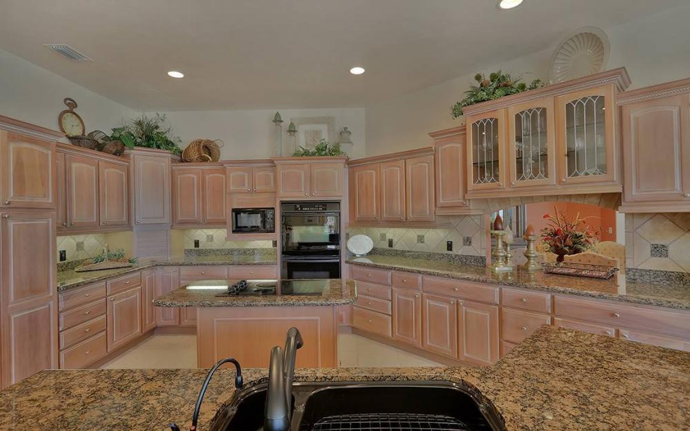 481 Thorpe Ct, Marco Island - House For Sale 1576988473
