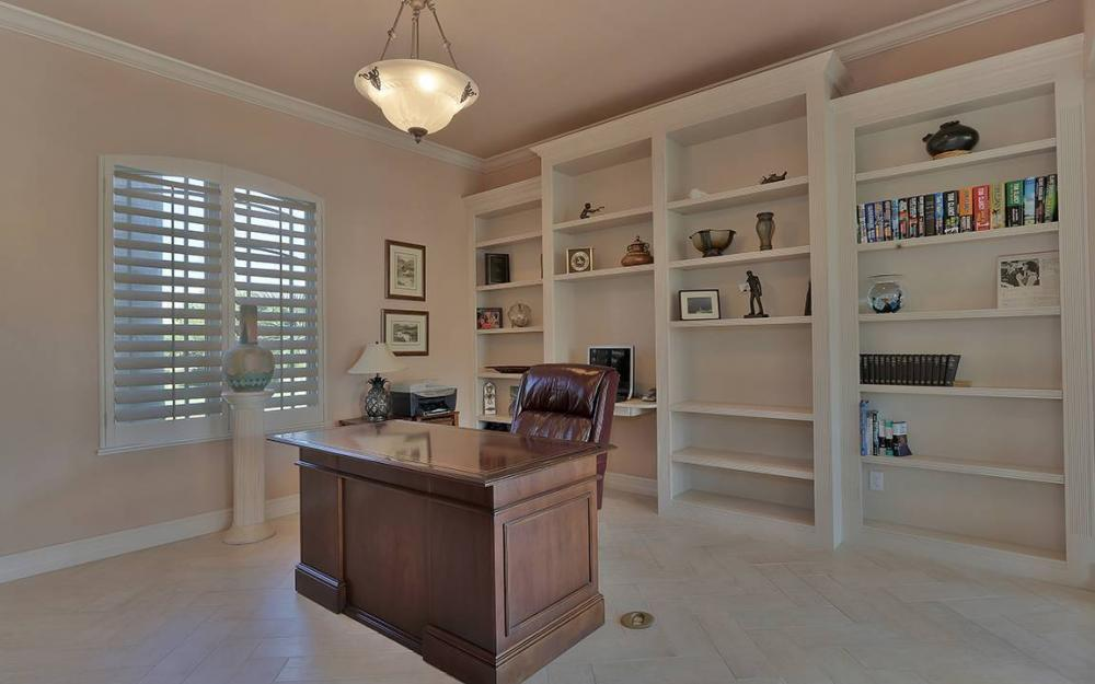 481 Thorpe Ct, Marco Island - House For Sale 192848870