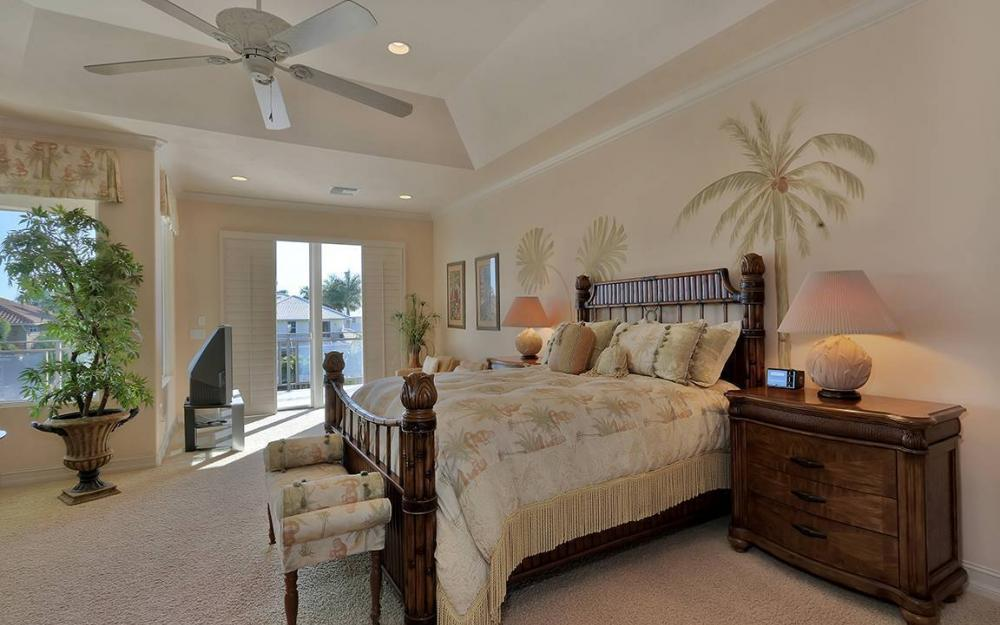 481 Thorpe Ct, Marco Island - House For Sale 802609510