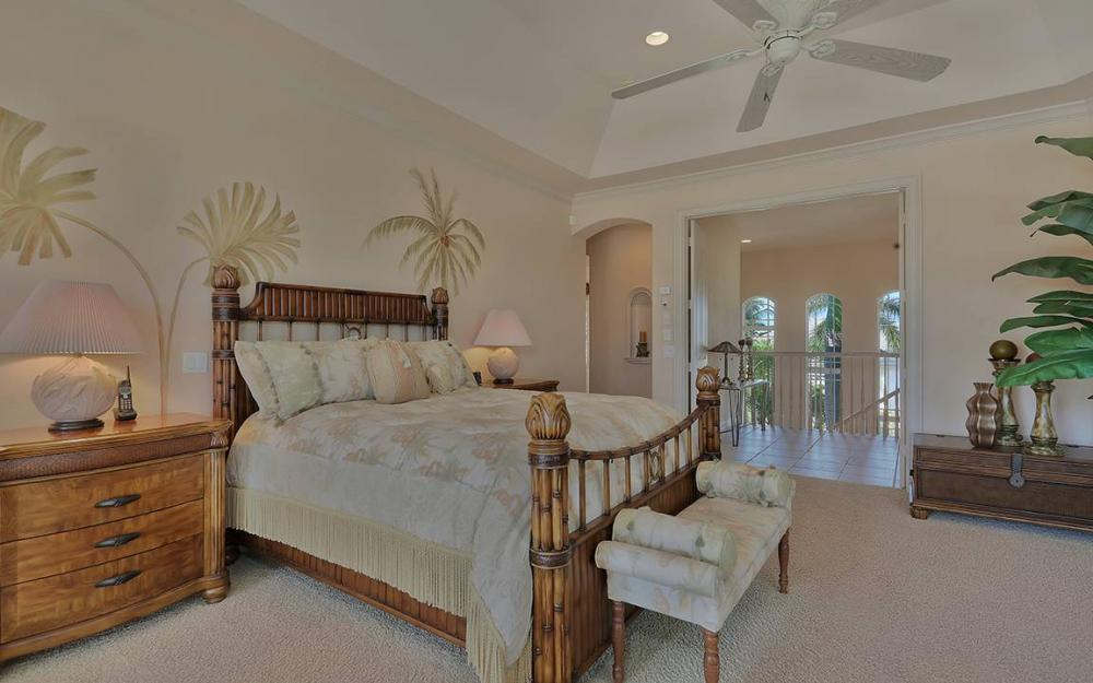 481 Thorpe Ct, Marco Island - House For Sale 1913426009