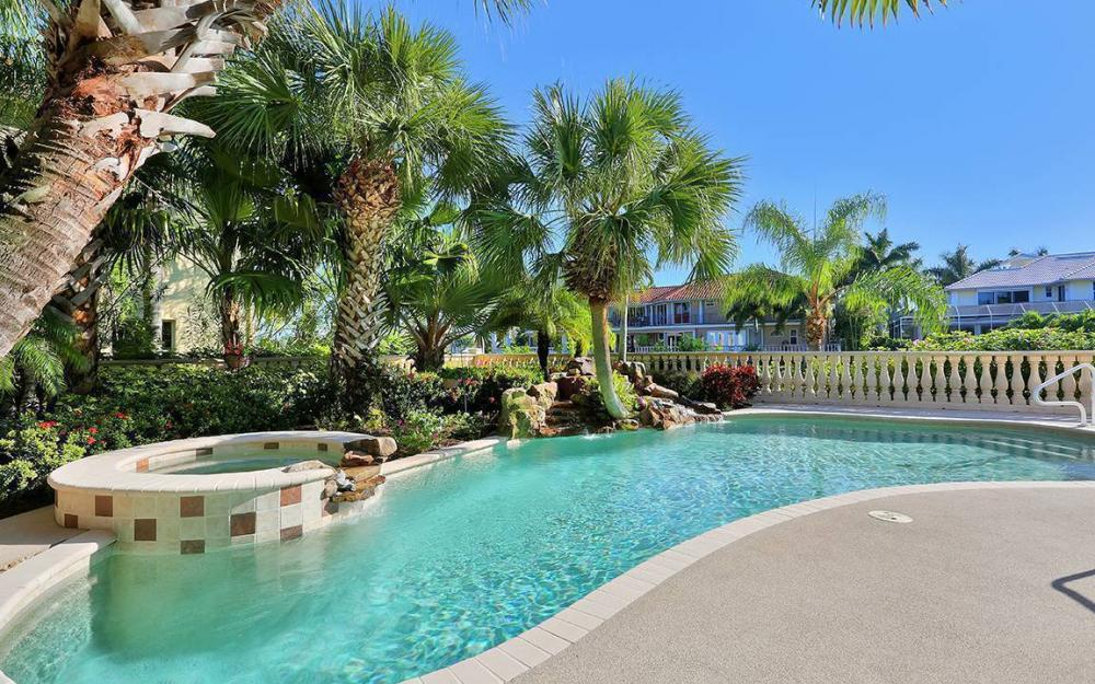 481 Thorpe Ct, Marco Island - House For Sale 874863123