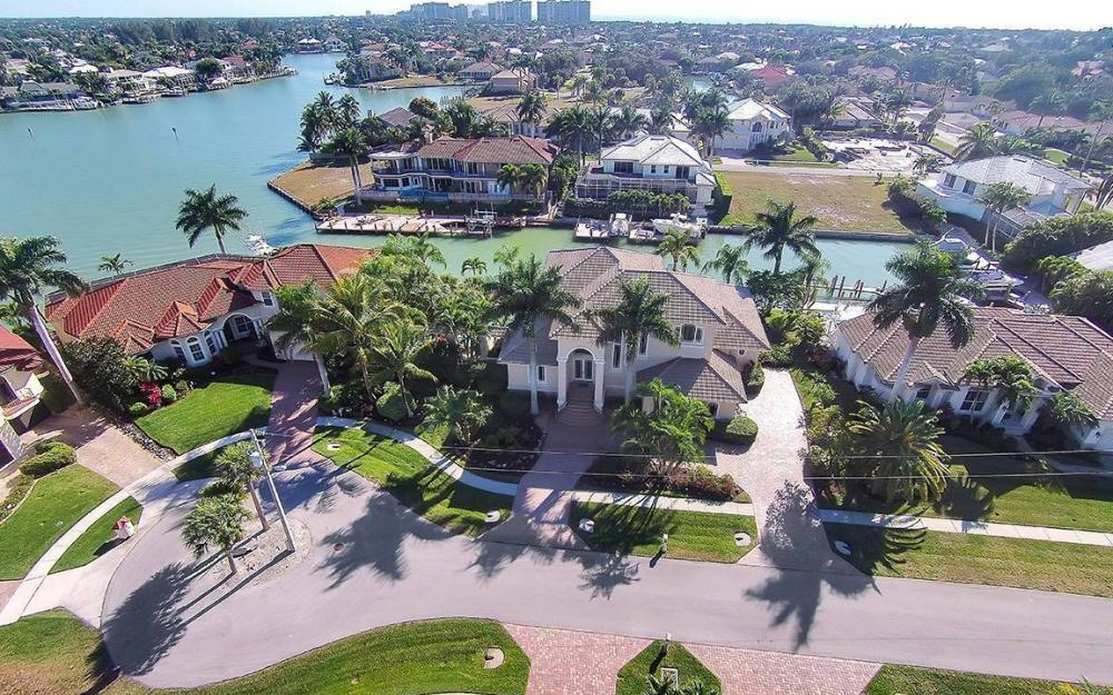 481 Thorpe Ct, Marco Island - House For Sale 2045128930