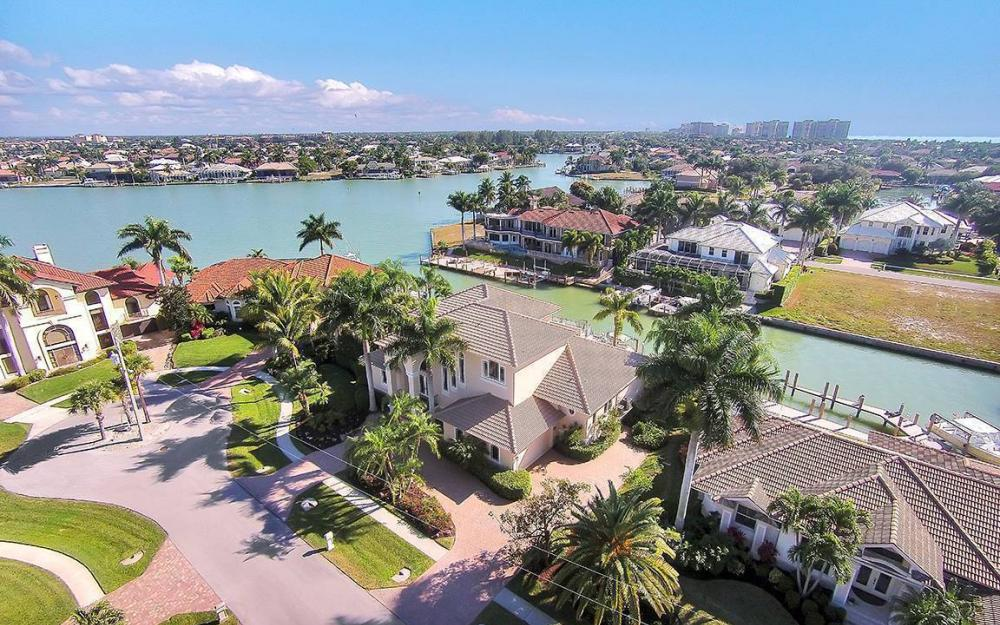 481 Thorpe Ct, Marco Island - House For Sale 508003334