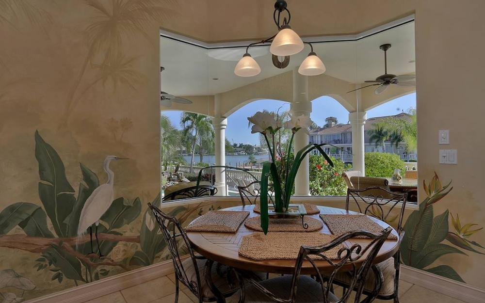 481 Thorpe Ct, Marco Island - House For Sale 129067927