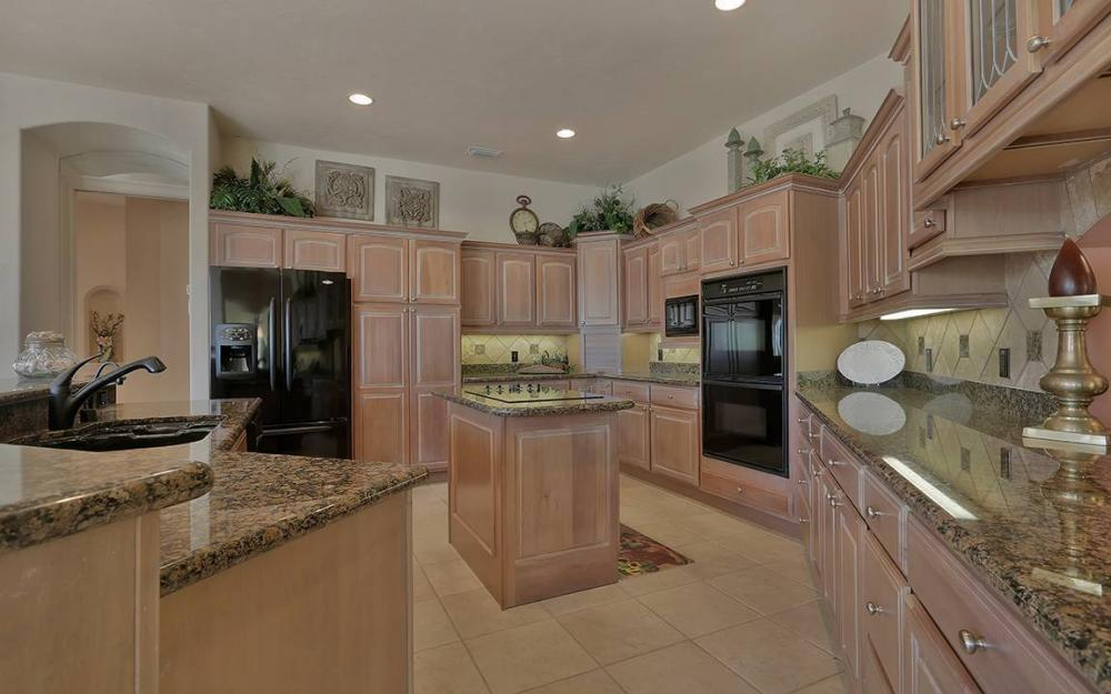 481 Thorpe Ct, Marco Island - House For Sale 1350790788