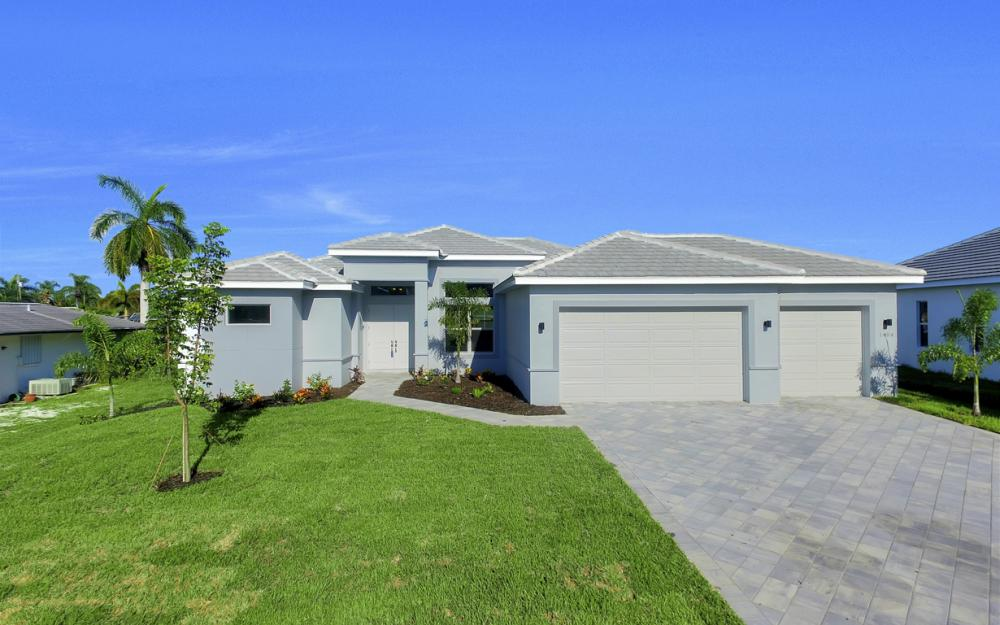 1404 Wellington Ct, Cape Coral - Home For Sale 660034743