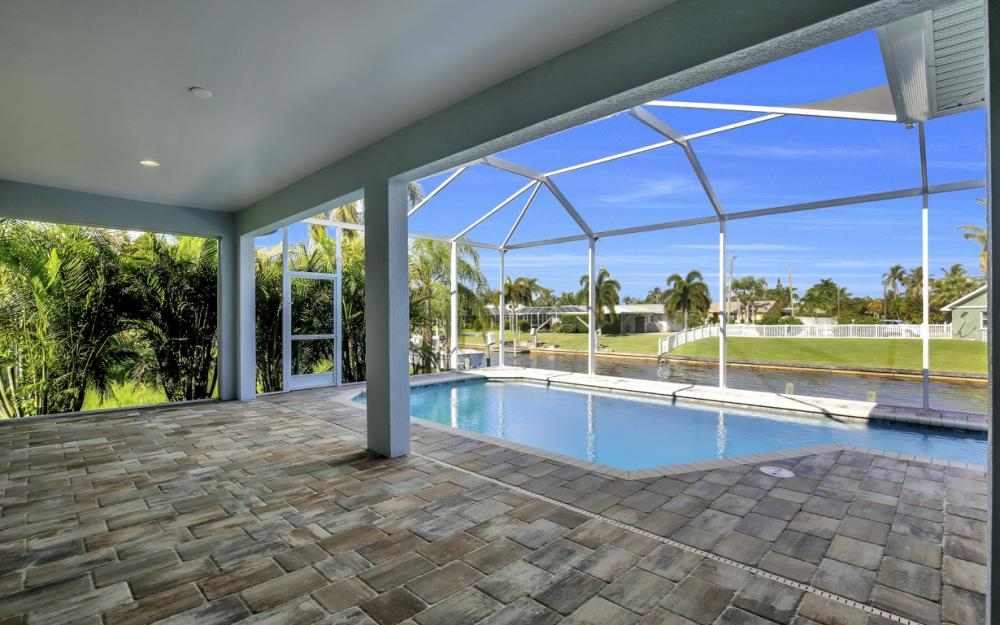 1404 Wellington Ct, Cape Coral - Home For Sale 531527791