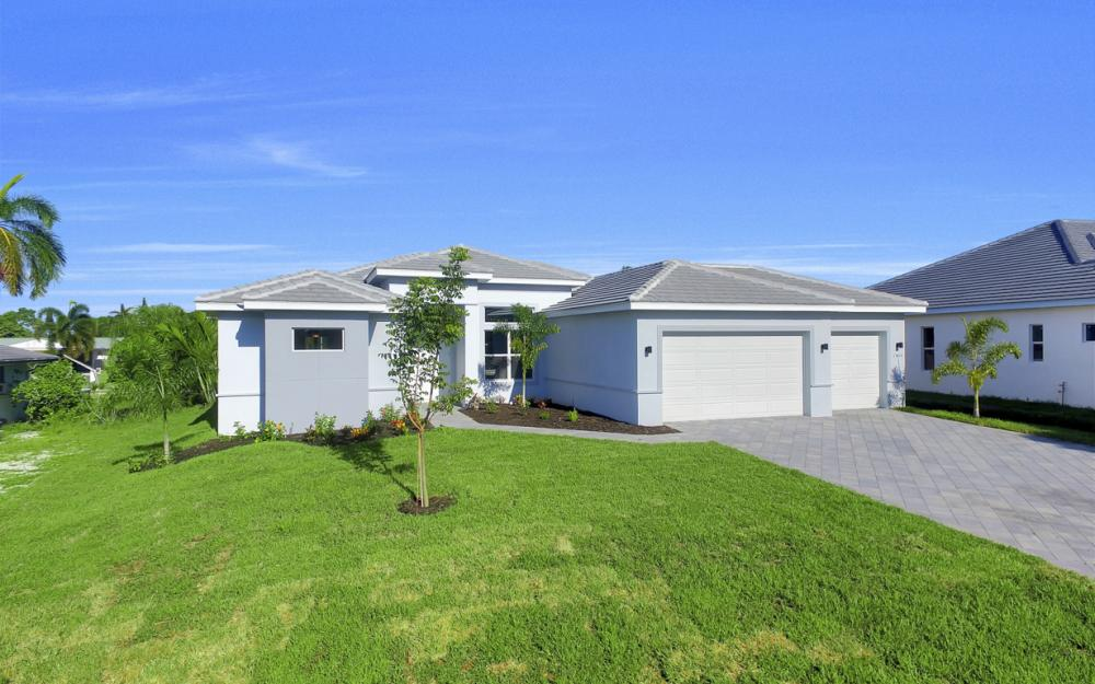 1404 Wellington Ct, Cape Coral - Home For Sale 1190413829