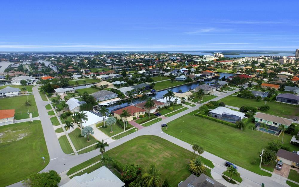 700 Amber Dr, Marco Island - Lot For Sale 621369989