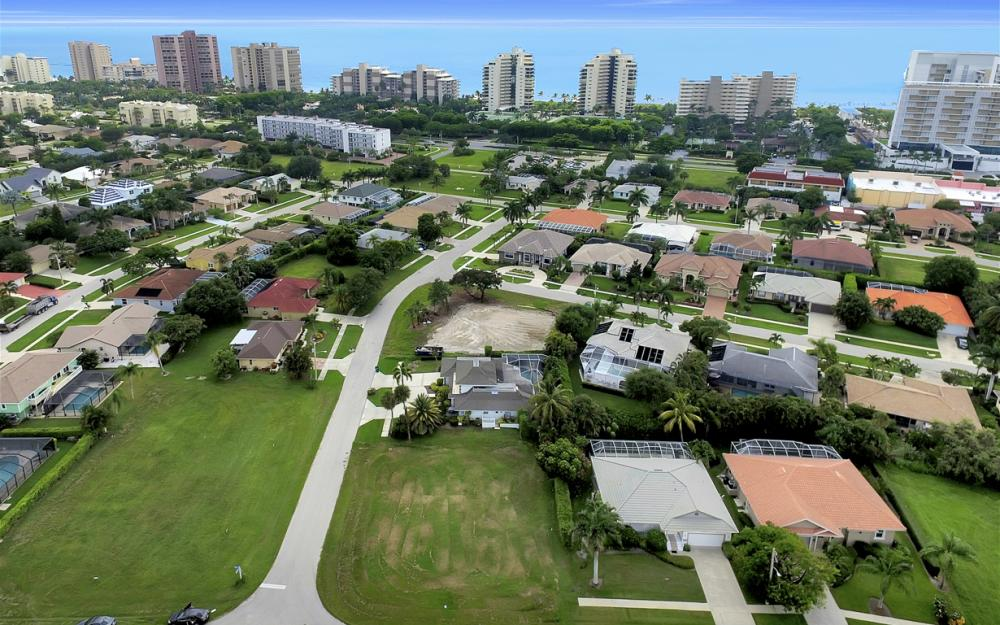 700 Amber Dr, Marco Island - Lot For Sale 138184109