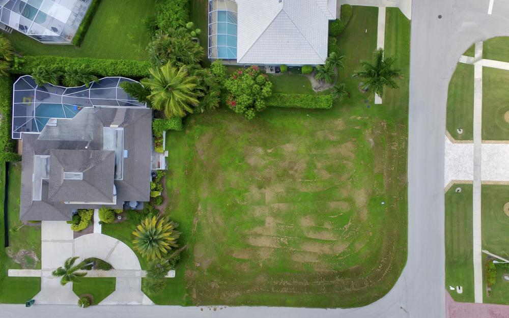700 Amber Dr, Marco Island - Lot For Sale 881417508