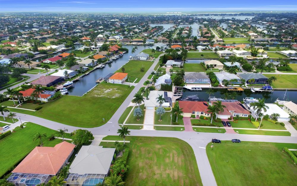 700 Amber Dr, Marco Island - Lot For Sale 1394563784