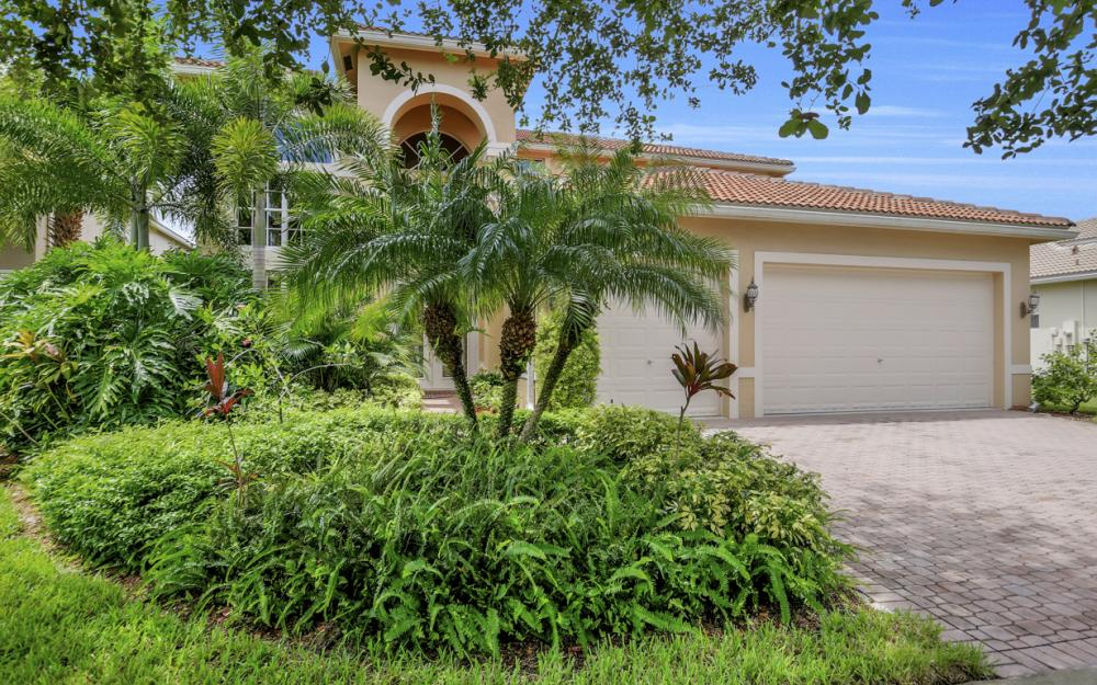 1456 Palma Blanca Ct, Naples - Home For Sale 922284404