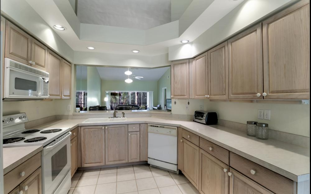4200 Sawgrass  Point Dr #204, Bonita Springs - Condo For Sale 630112185