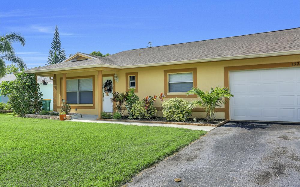 132 Kirtland Dr, Naples - Home For Sale 772337362